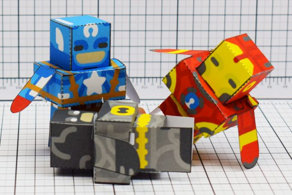 PTI Glueles Super Heroes Paper Toy Image Pile