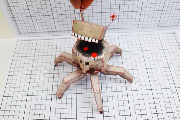 PTI Pixel Crab Paper Toy Image Eye