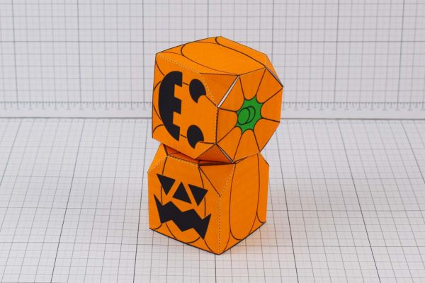 PTI-PTP-Halloween-Pumkint-Craft-Paper-Toy-Image-Stack