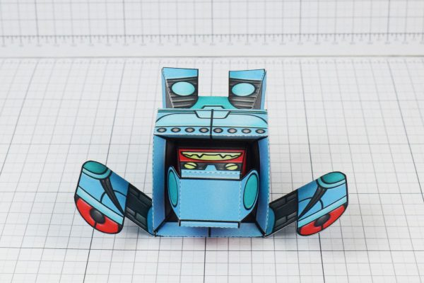 PTI Rumbolt Retro Robot Paper Toy Image - Lay