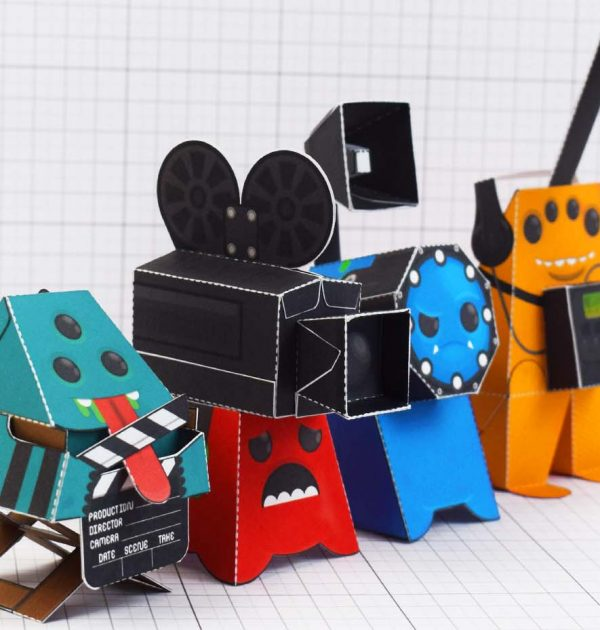 PTI - Media Monsters Group Photo Paper Toy Image - 2