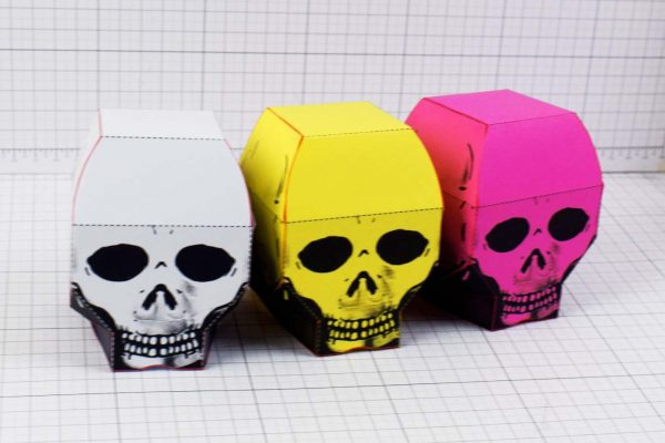 PTI - Halloween Skull Paper Toy - Colour