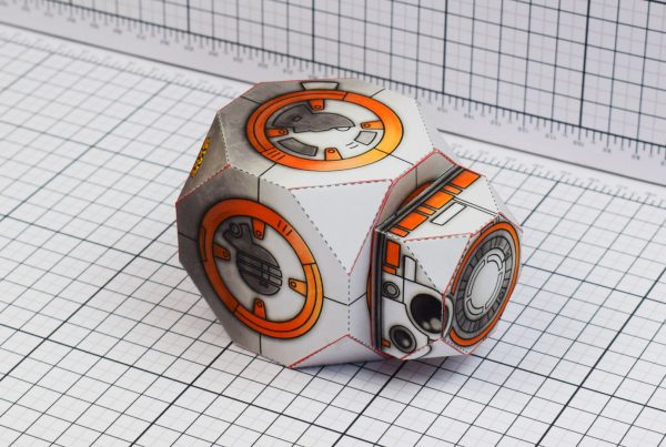 PTI BB-8 Droid Star Wars Paper Toy Fall Image