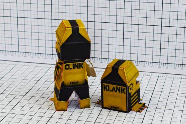 PTI Clink Klank Robot Paper Toy Back Image
