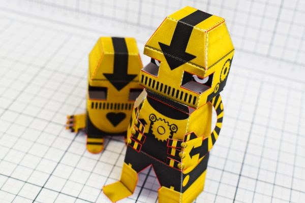 PTI Clink Klank Robot Paper Toy Top Image