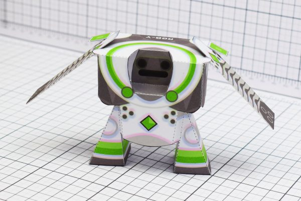 PTI RGB-Y Robot Paper Toy Front Image
