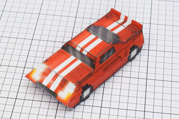 PTI Pixel Maximum Car Lord-GT Paper Toy Image Side