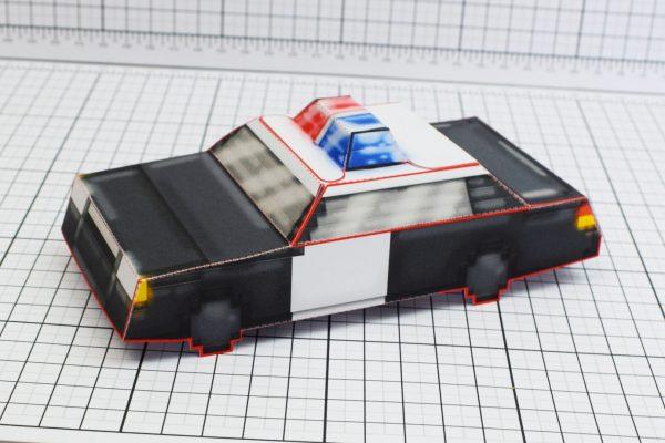 PTI Pixel Maximum Car Police Paper Toy Image Main