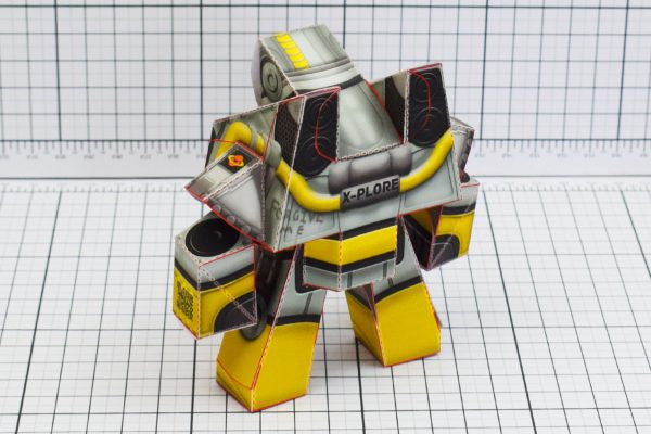 PTI Xplore Space Robot UPC Paper Toy Image Back