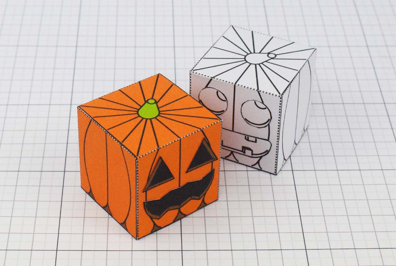 PTI Halloween Pumpkin Paper Toy Image - Main