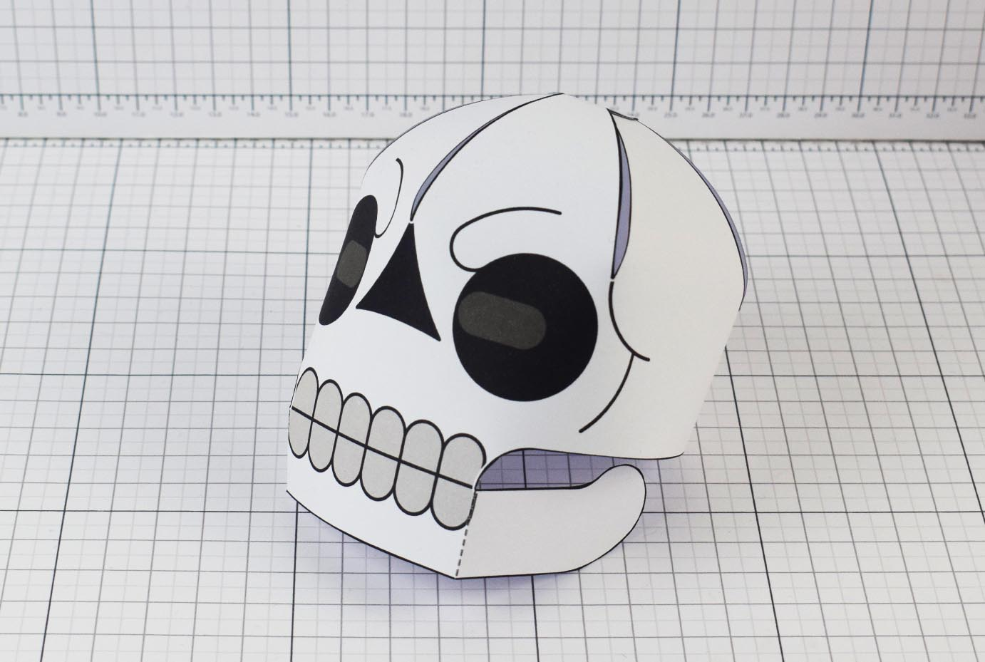 PTI-PTP-Halloween-Skull-Craft-Paper-Toy-Image-Main