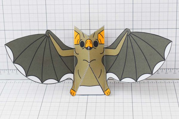 PTI-PTP-Halloween-Vampire-Bat-Craft-Paper-Toy-Image-Front