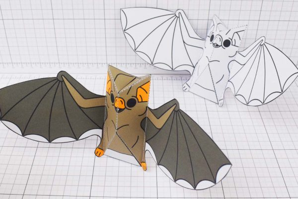 PTI-PTP-Halloween-Vampire-Bat-Craft-Paper-Toy-Image-Main