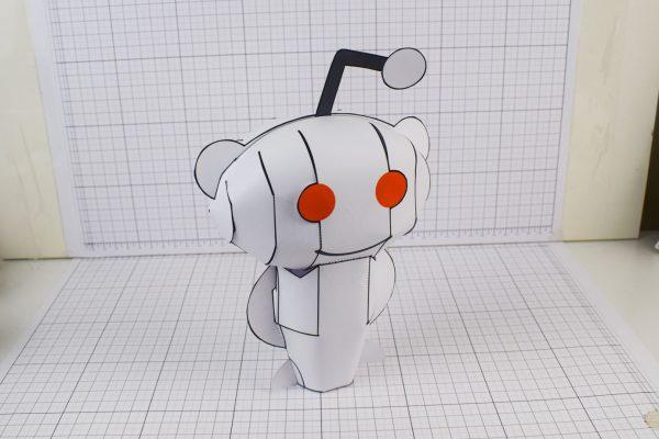 PTI Reddit Snoo Mascot Paper Craft Toy Image - Main 2