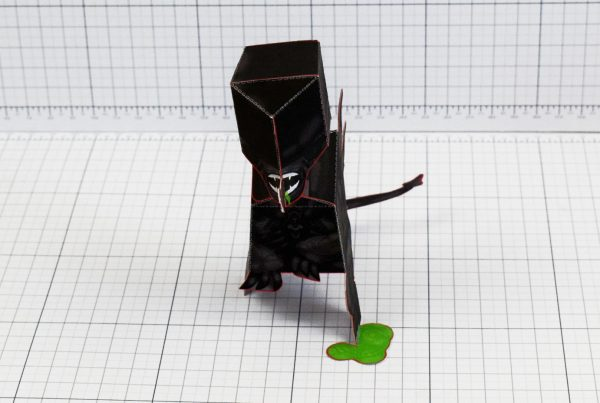 PTI - Xenomorph Alien Fan Art Paper Toy Craft Image - Front
