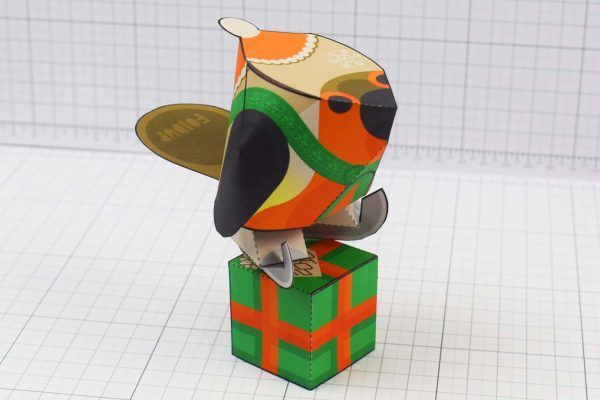 PTI - Christmas Paper Toy Craft Decoration - Skate Robin - Box