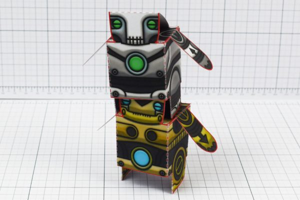 PTI - Salt and Pepper paper toy robots - Image Tall