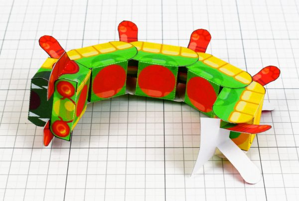 PTI - Centipede Game Paper Toy Craft Monster Bug Image - Top