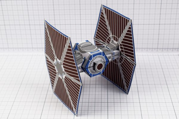 PTI - ENKL Twinkl Star Wars Tie Fighter Paper Toy Image - Back