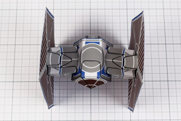 PTI - ENKL Twinkl Star Wars Tie Fighter Paper Toy Image - Top