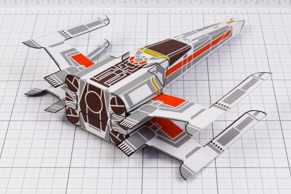 PTI - ENKL Twinkl Star Wars X wing paper toy image - back