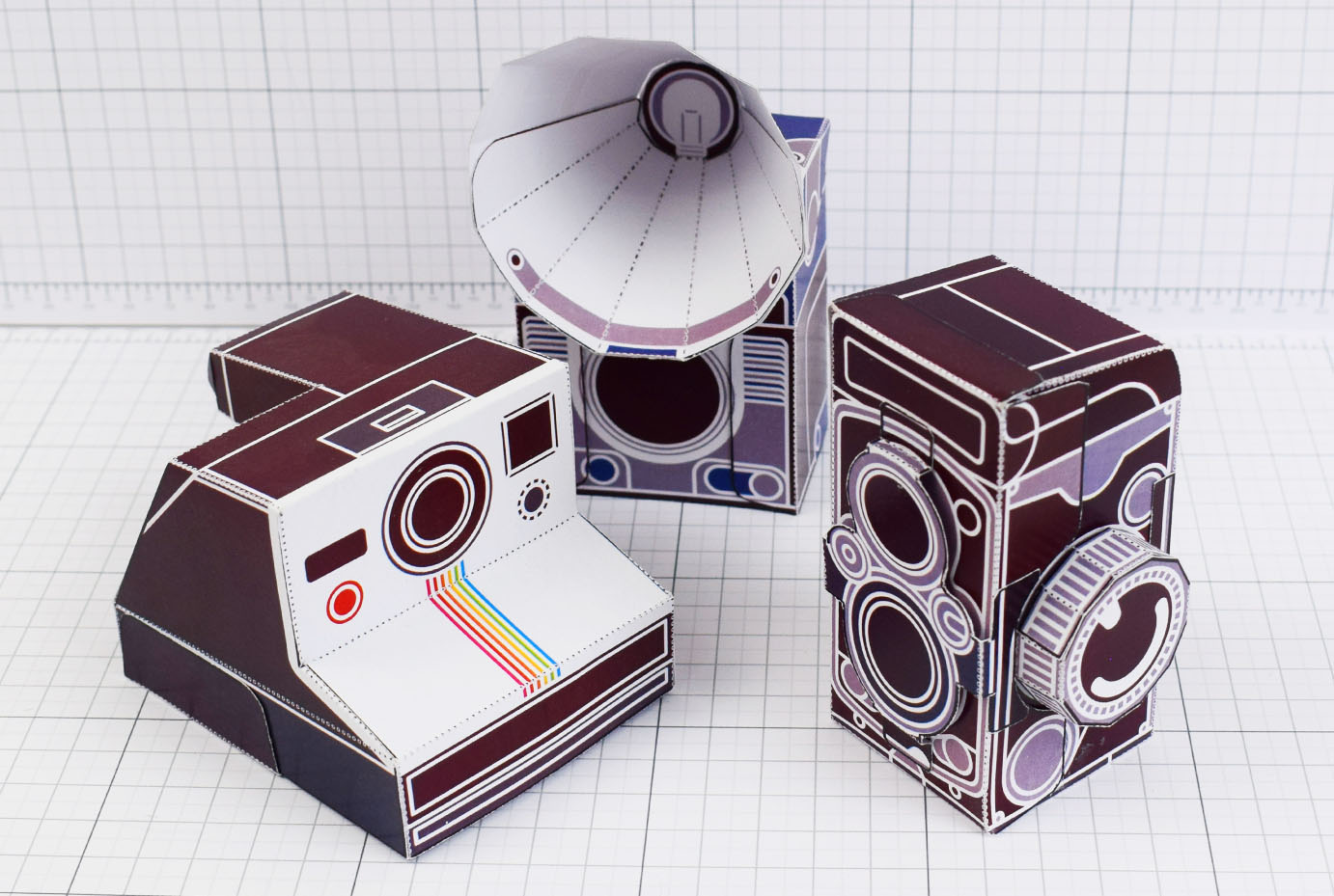 PTI - ENKL Twinkl Vintage Camera Paper Toy Craft Models photo - Main