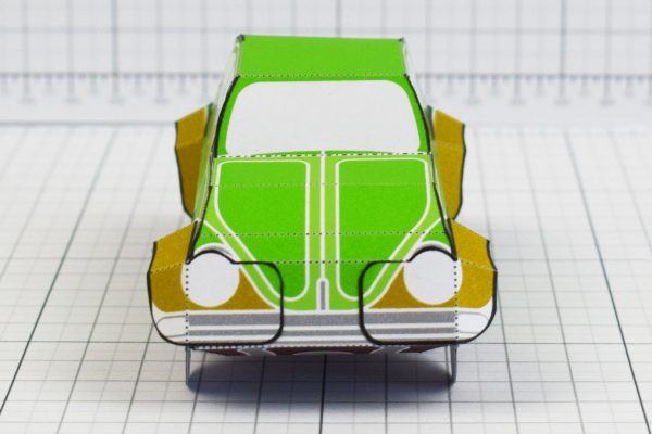 PTI - Enkl Twinkl Vintage Car paper toy craft model - Green Front