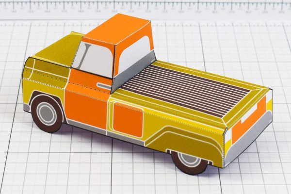 PTI - Enkl Twinkl Vintage Car paper toy craft model - Yellow Back