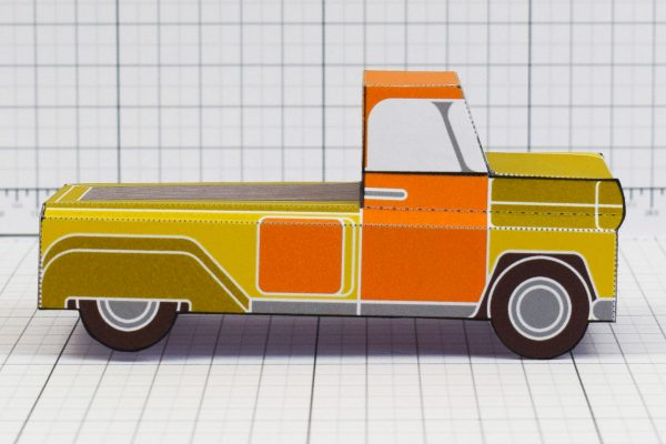 PTI - Enkl Twinkl Vintage Car paper toy craft model - Yellow Side