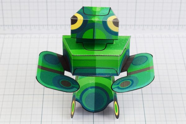 PTI - Martain Mantis paper toy photo - Front