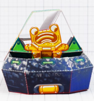 PTI - Fold Up Toys - Swamp Sweeper - Frog Hover Craft Paper Toy Image - Front