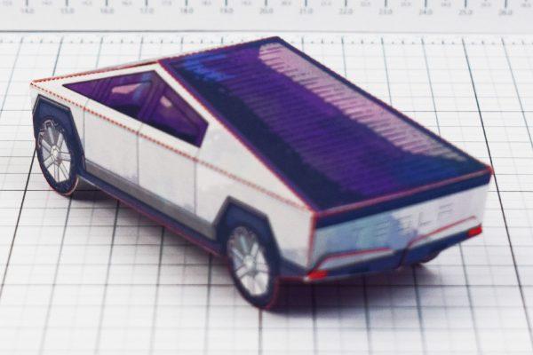PTI- Tesla Cybertruck - Fold Up Toy - Paper Toy Image Blur