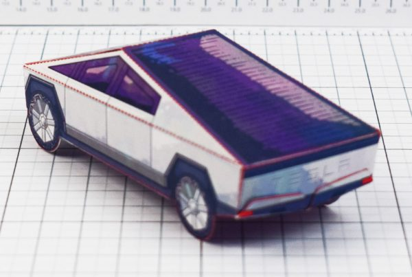PTI- Tesla Cybertruck - Fold Up Toy - Paper Toy Image Blur