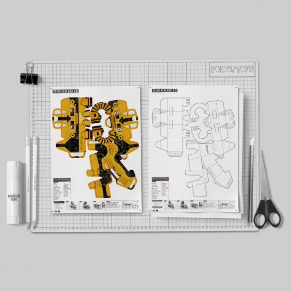 PTI - Clink and Klank Steam Punk Robot Paper Toys Photo - flat