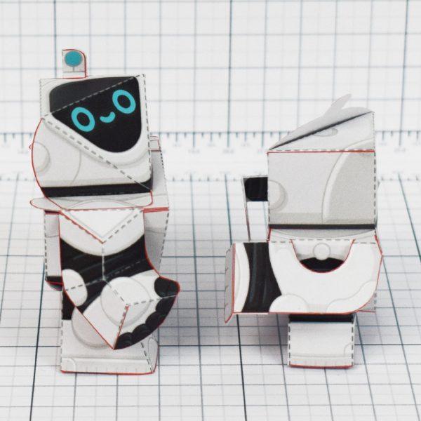 PTI - circuit siblings paper robots - side